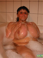 WetNaturalTits.com - Wet Natural Tits - Birgit 03