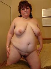 Someone's fat wife fucks strangerS!